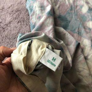 Urban Outfitters Bedding - NWOT UO Home Twin Batik Dye Duvet